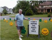 Frogs and Smileys Birthday Lawn Greeting Rental